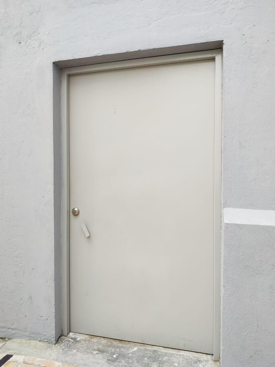GLUCKMOND - Puertas en hierro